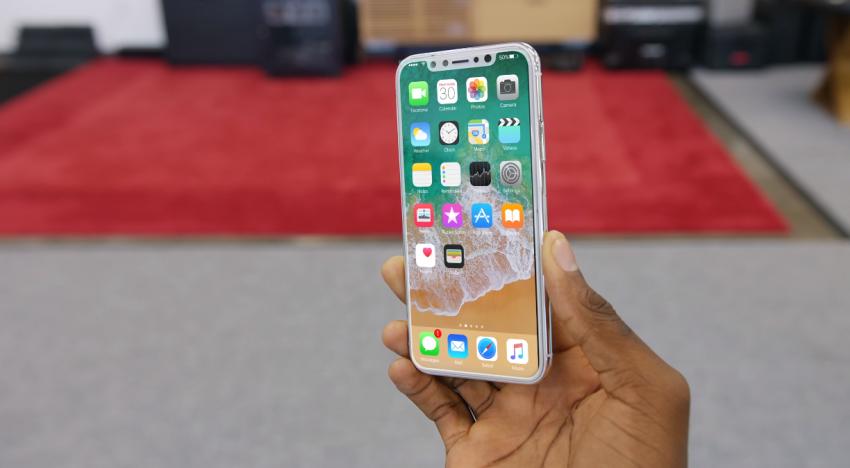 Samsung si za jeden OLED displej pro nové iPhony účtuje až 130 dolarů, téměř 3x tolik co za LCD