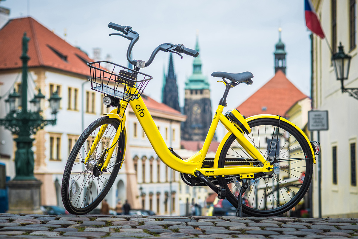 Žlutá kola Ofo se již v Praze zřejmě neobjeví