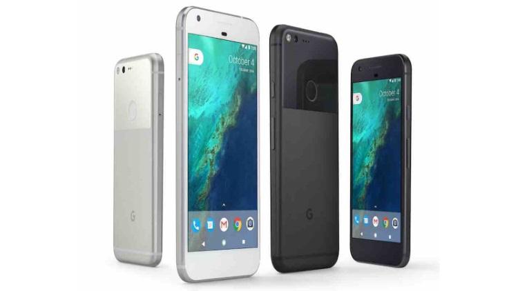 Google koupil za 1,1 miliardy dolarů divizi HTC, která vyrábí jeho mobily Pixel