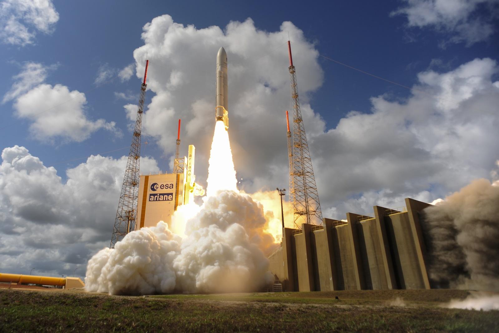 Start mise se satelity Galileo 15,16,17