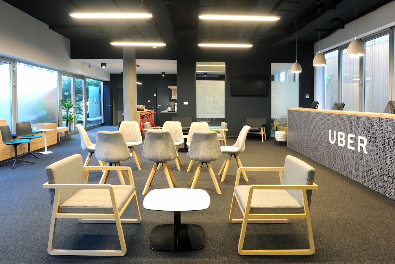 Nové kontaktní centrum Uberu v Praze