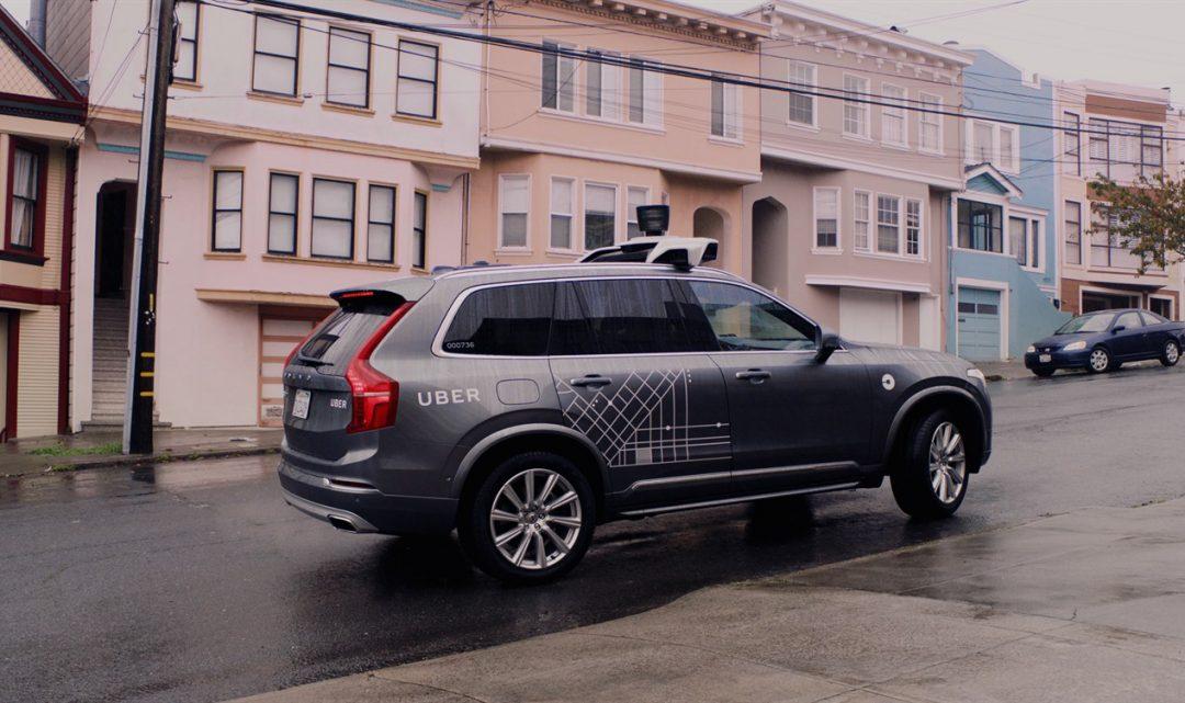 Uber si pro svůj samořídící vozový park objednal 24 tisíc vozů Volvo XC90 v hodnotě až 1,4 miliardy dolarů