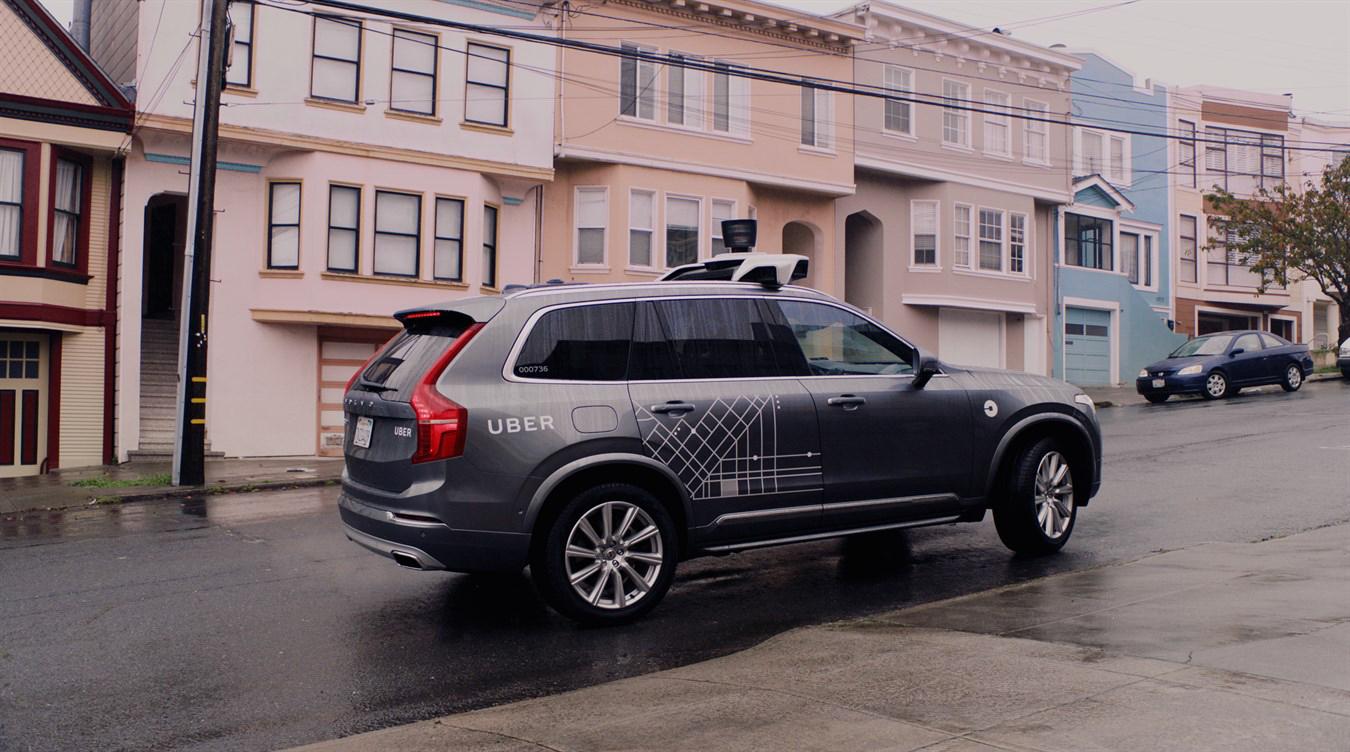 Vedle Tesly, Googlu (Waymo) nebo Applu na samořídících vozech pracuje i Volvo