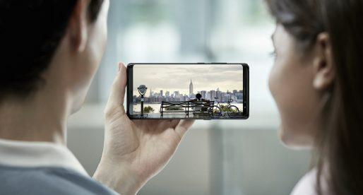 Samsung vyvíjí pro mobily baterii z grafenu, která se dokáže dobít do 12 minut