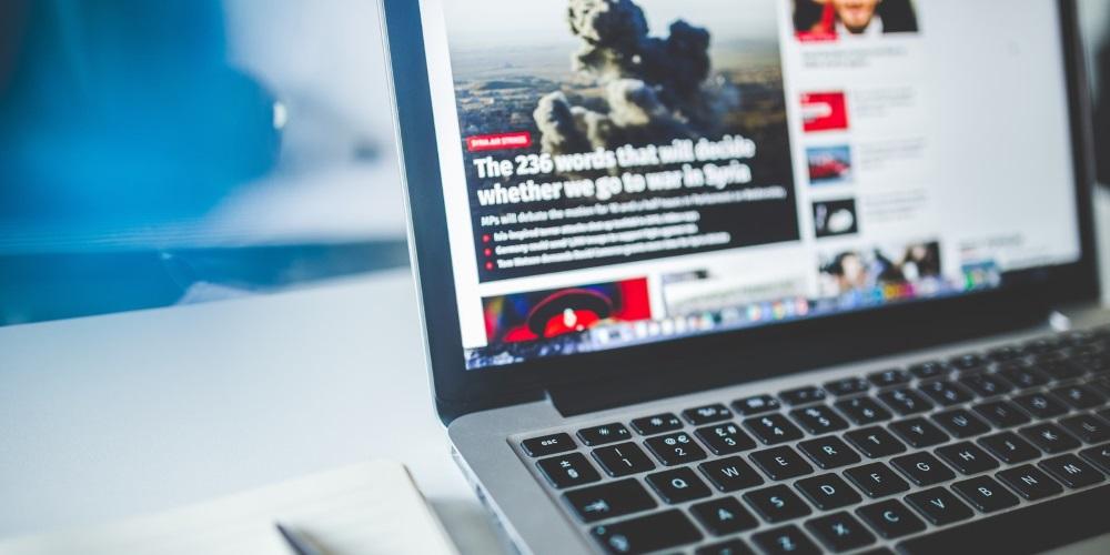 """Nový český žurnalistický projekt FactCzech chce lépe ověřovat fakta a bojovat s """"fake news"""""""