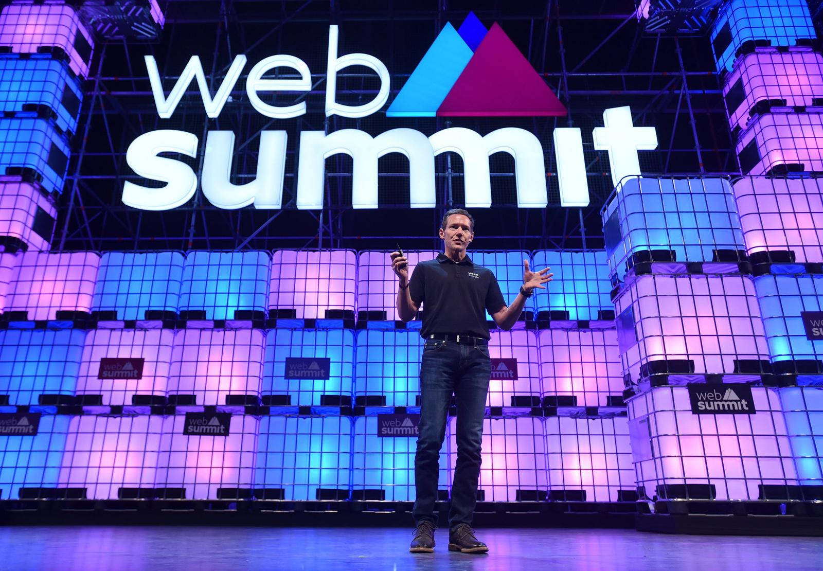 CPO Uberu Jeff Holden na Web Summitu