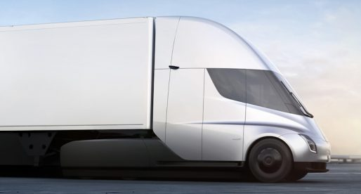 Tesla prodala přepravní společnosti UPS 125 kusů kamionů v hodnotě přes 20 milionů dolarů