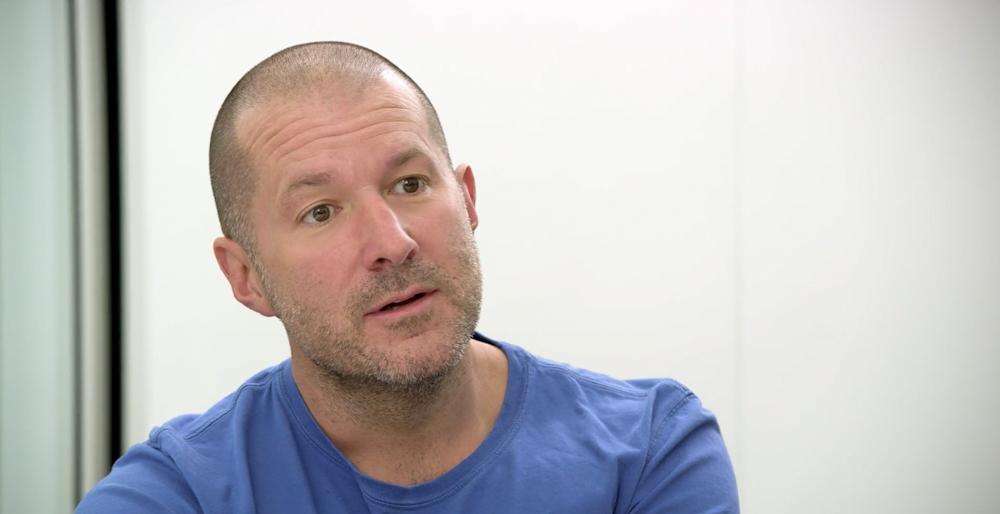 Dvorní návrhář iPhonu, iPadu či iMacu Jony Ive se vrací do top managementu Applu