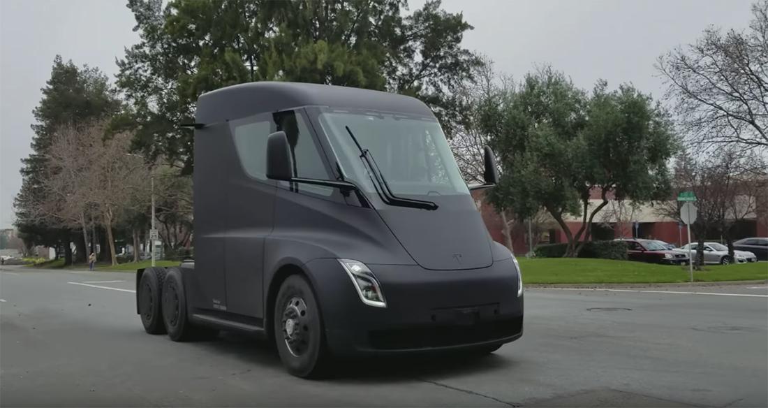 Chystané elektrické nákladní automobily Tesly s funkcí autopilota