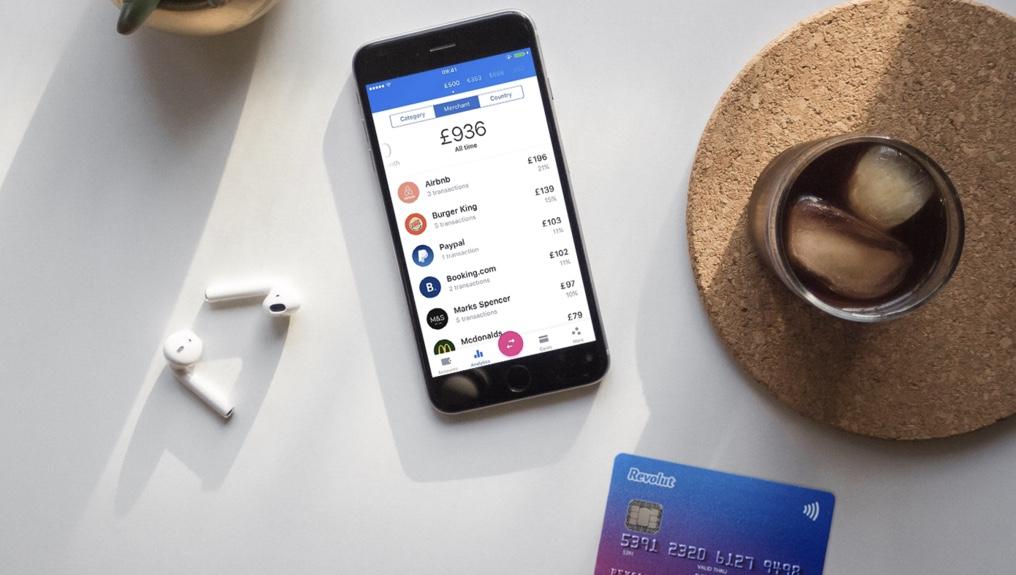 Fintech služba Revolut, která funguje i v Česku, zvedla objem transakcí na 1,5 miliardy dolarů