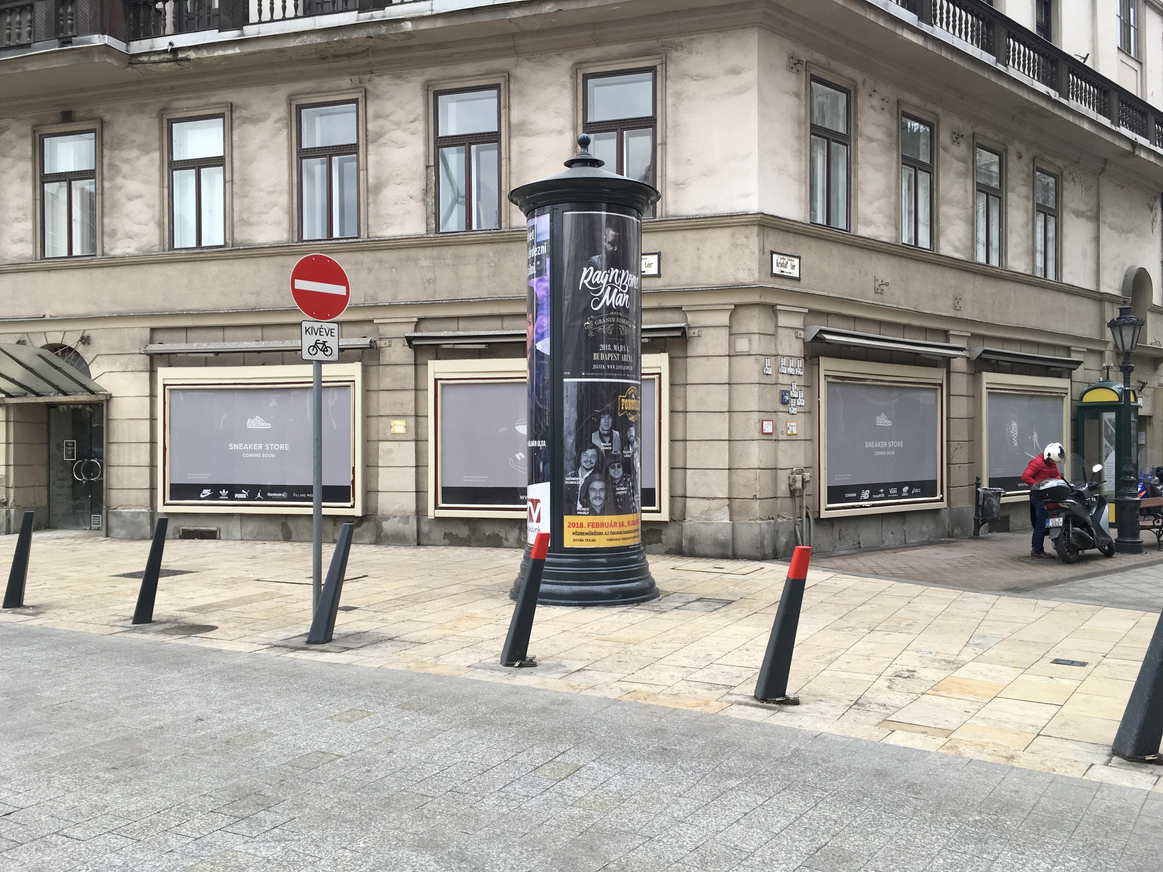 Budoucí umístění první pobočky Footshopu v Budapešti