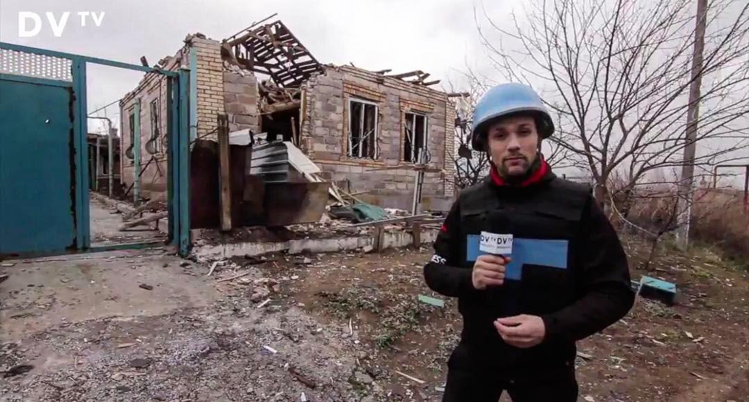 Filip Horký při reportáži z Ukrajiny v březnu 2017