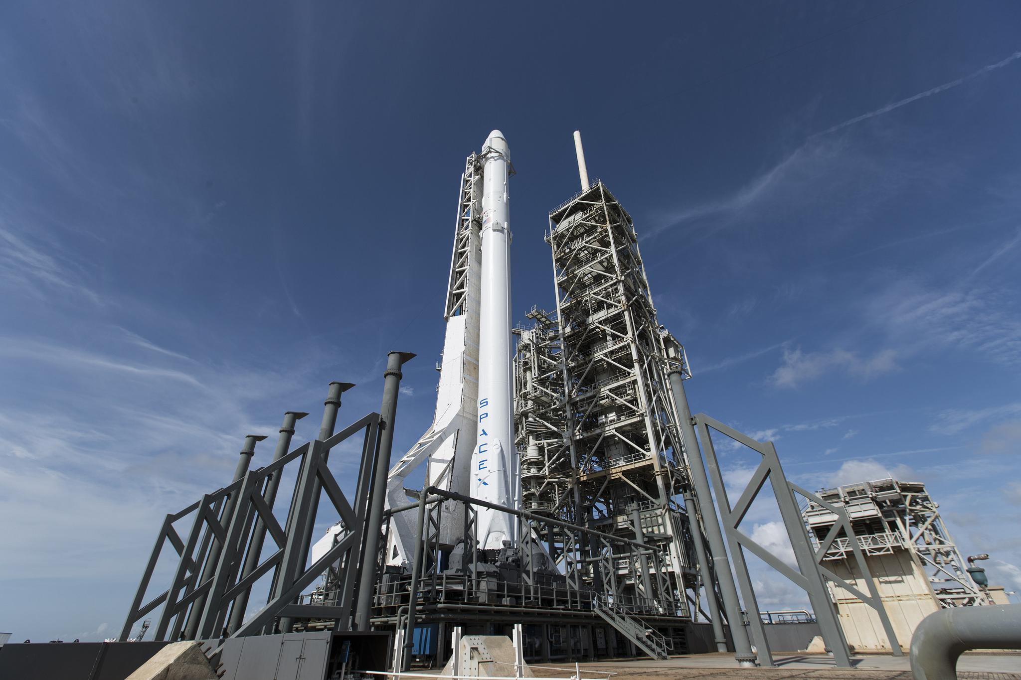 Další z firem Elona Muska, SpaceX, která je od počátku soukromá