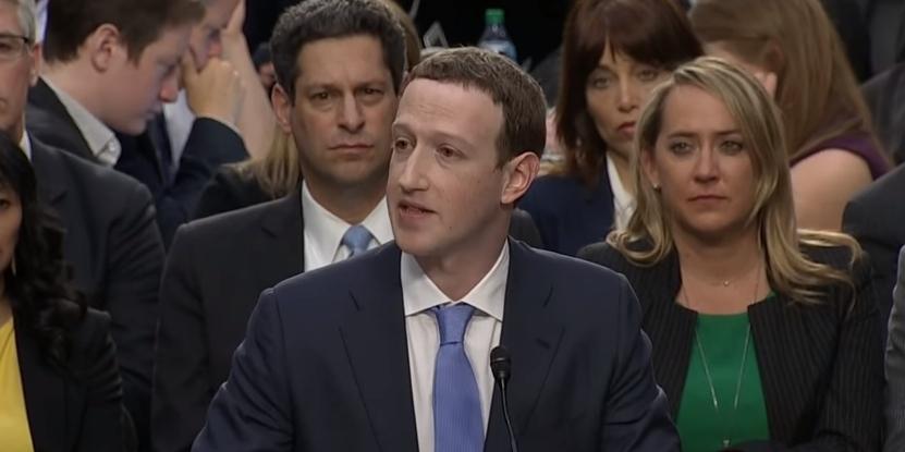Zakladatel Facebooku, Mark Zuckerberg, během výpovědi u Kongresu Spojených států amerických
