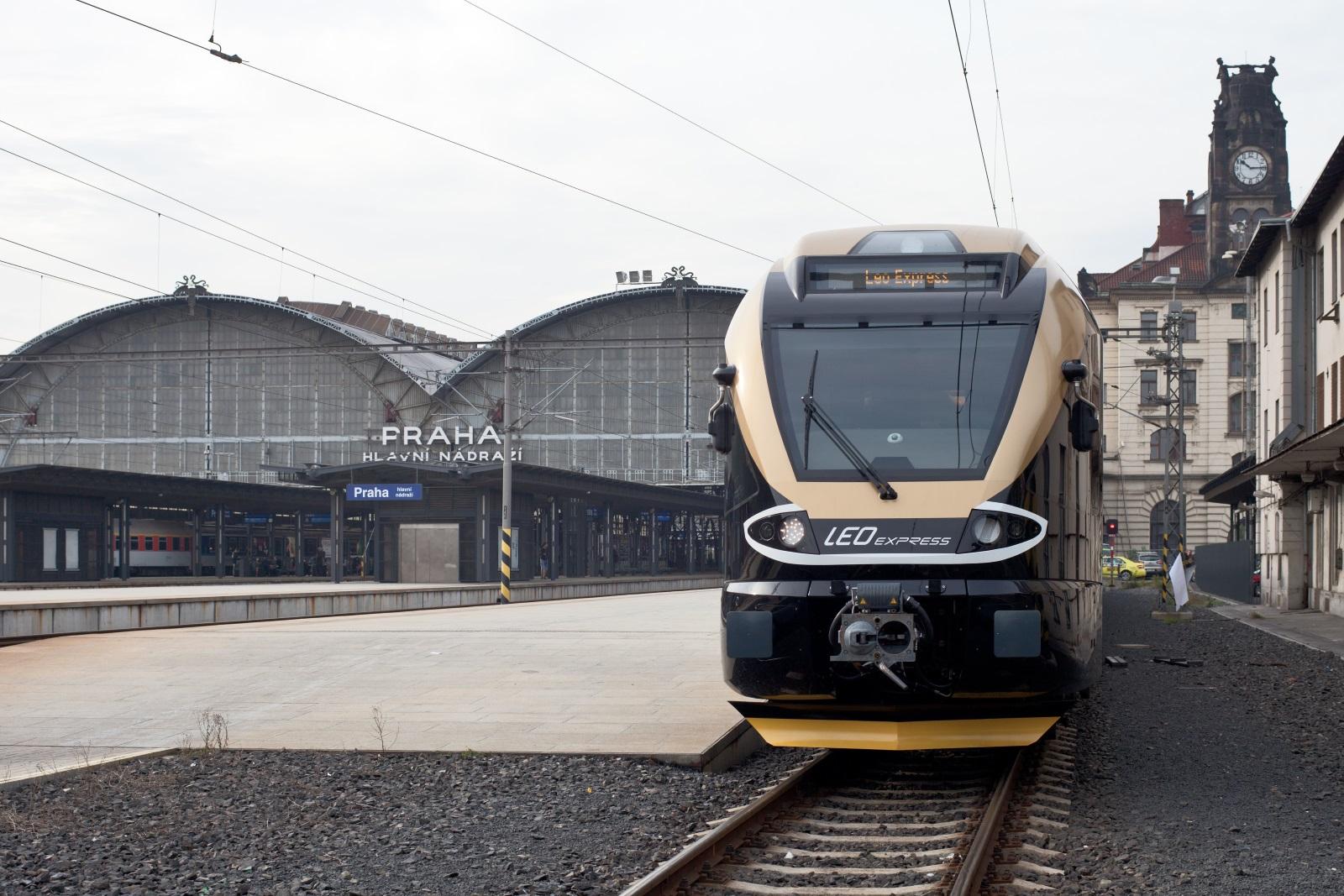 Vlaky Leo Expressu