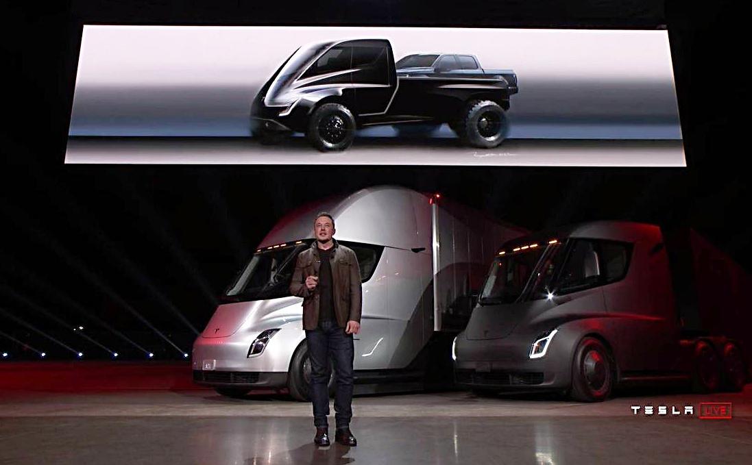 Elon Musk při představení elektrických kamionů Semi, které Tesla chystá