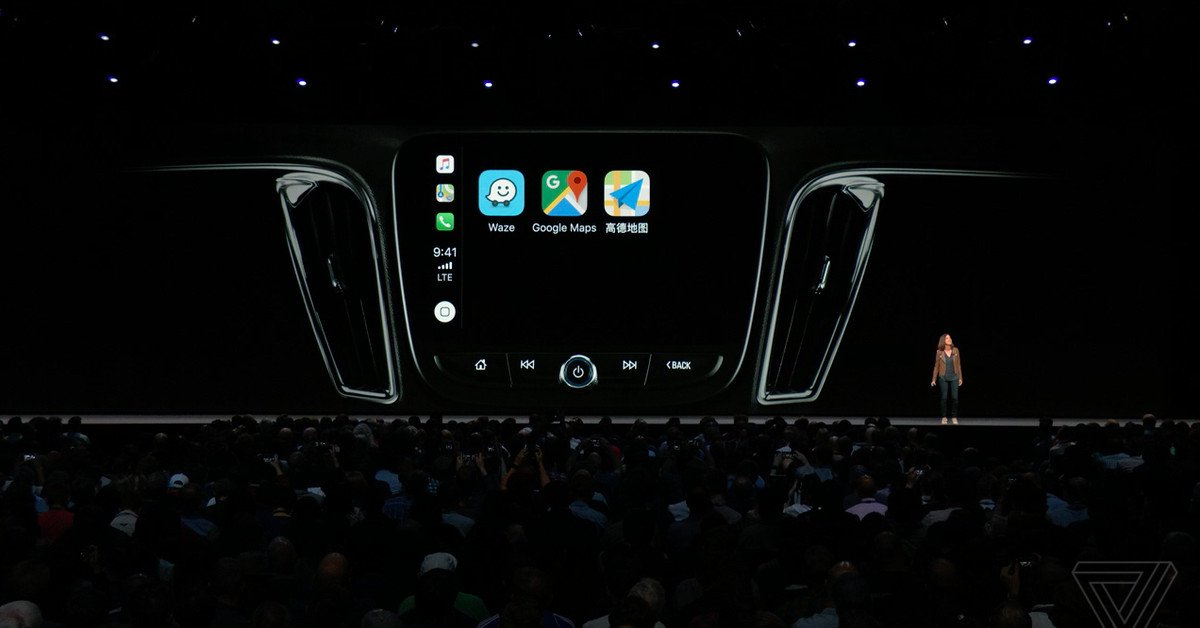 Waze a Google Mapy v CarPlay