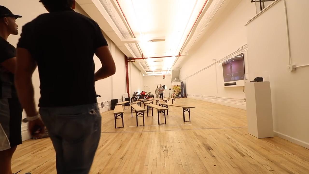 Část kreativního prostoru 368, který obsahuje i elektrická kola či multimediální místnost