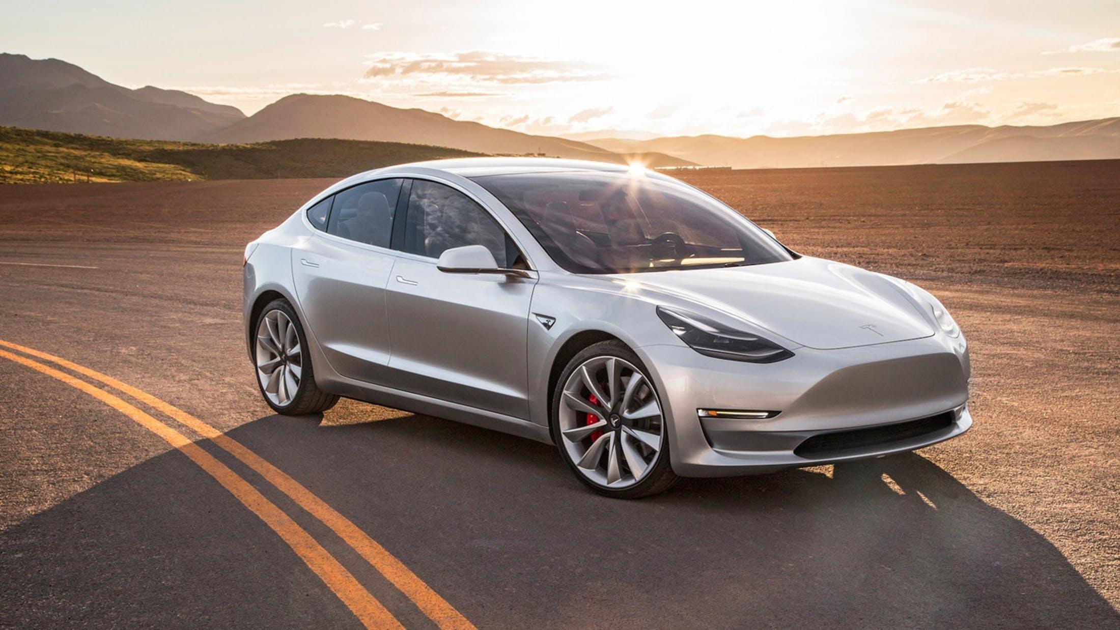 Prozatím nejnovější elektromobil Tesly s označením Model 3