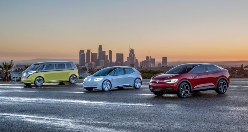 Volkswagen_I.D._concept_family-Small-7739