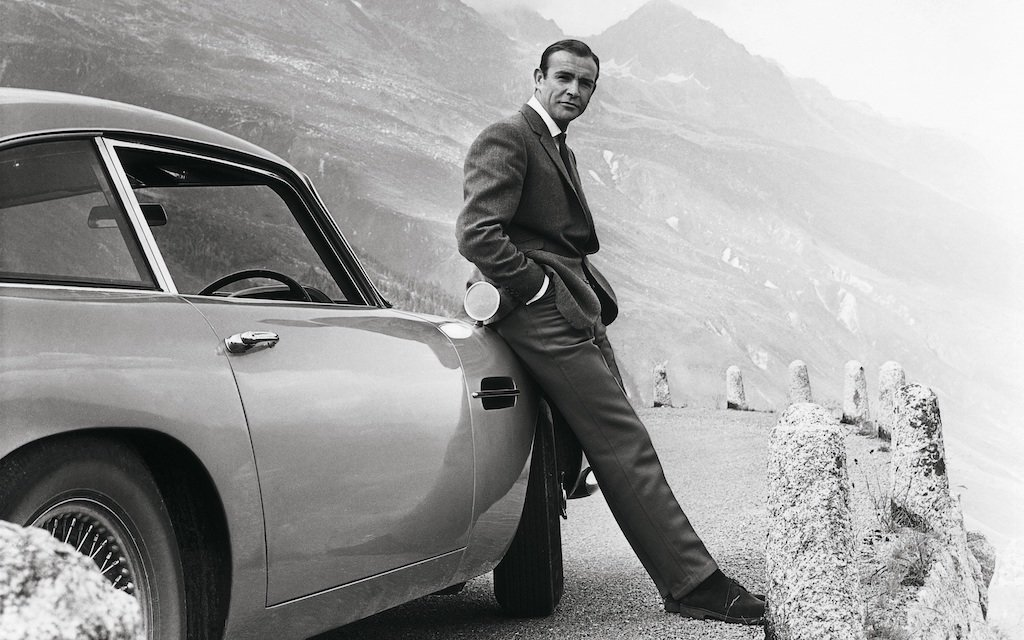 Sean Connery jako James Bond ve filmu Goldfinger
