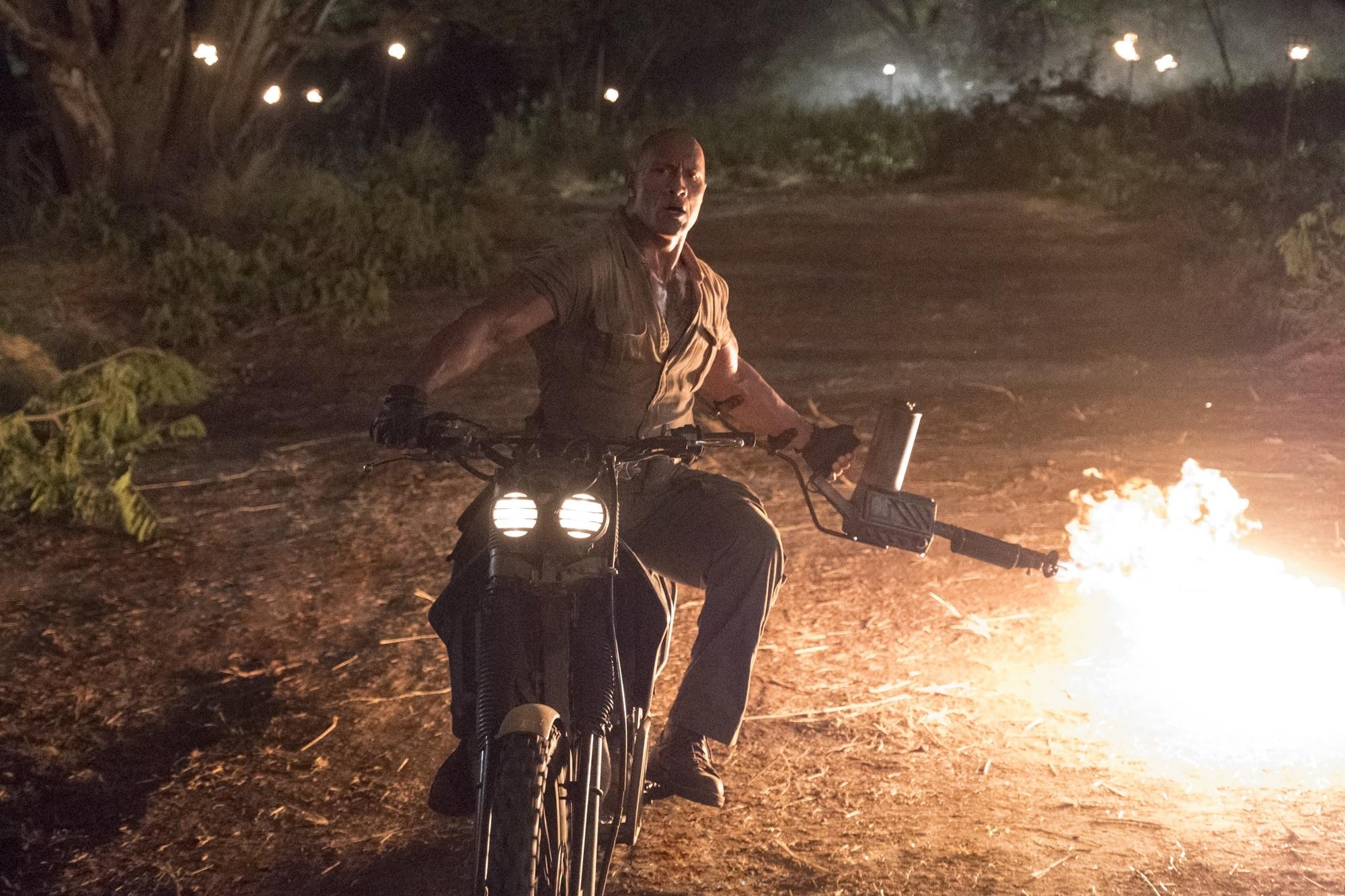 Dwayne Johnson ve filmu Jumanji: Vítejte v džungli!