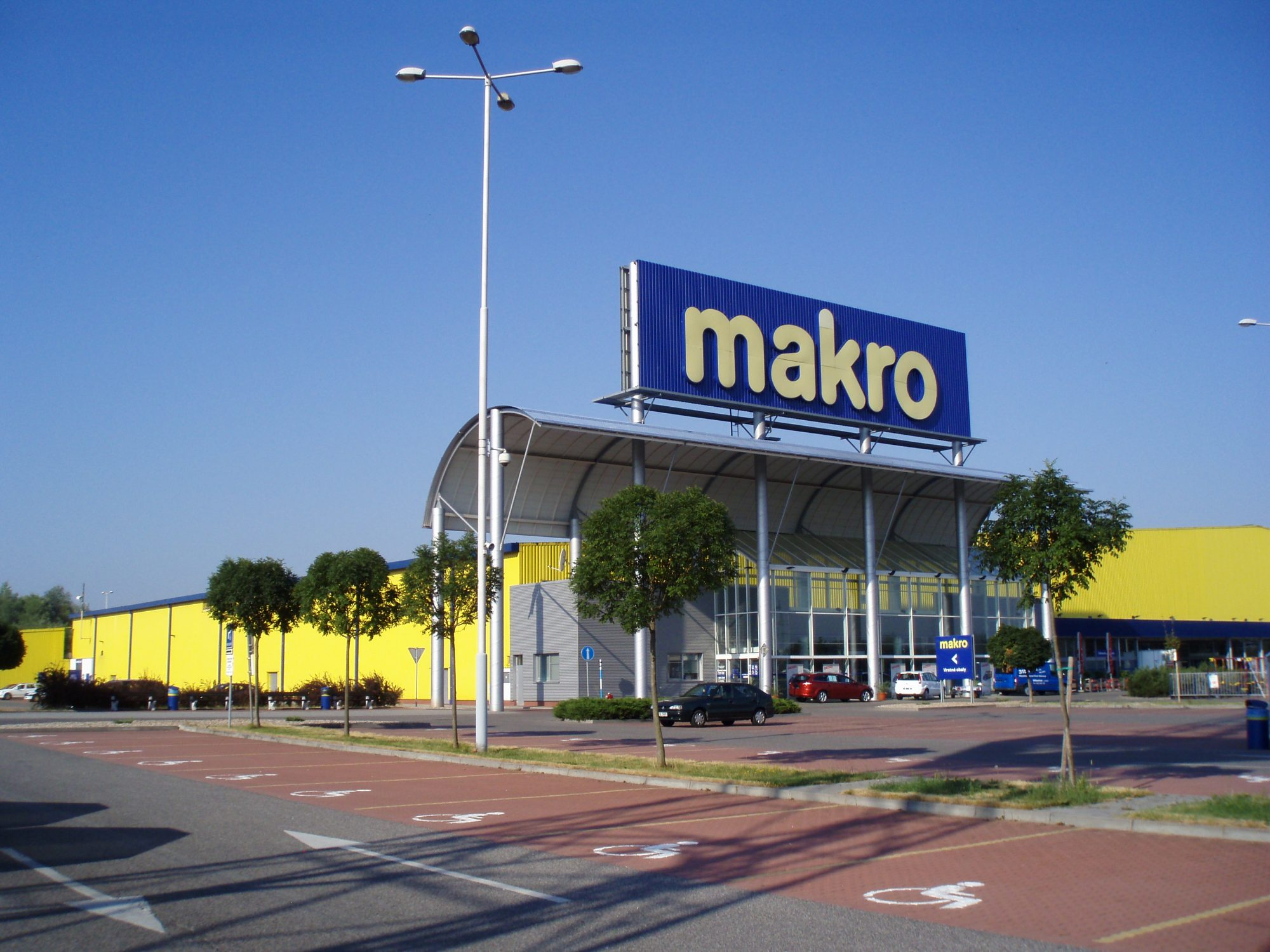 Jedna z českých poboček velkoobchodů Makro
