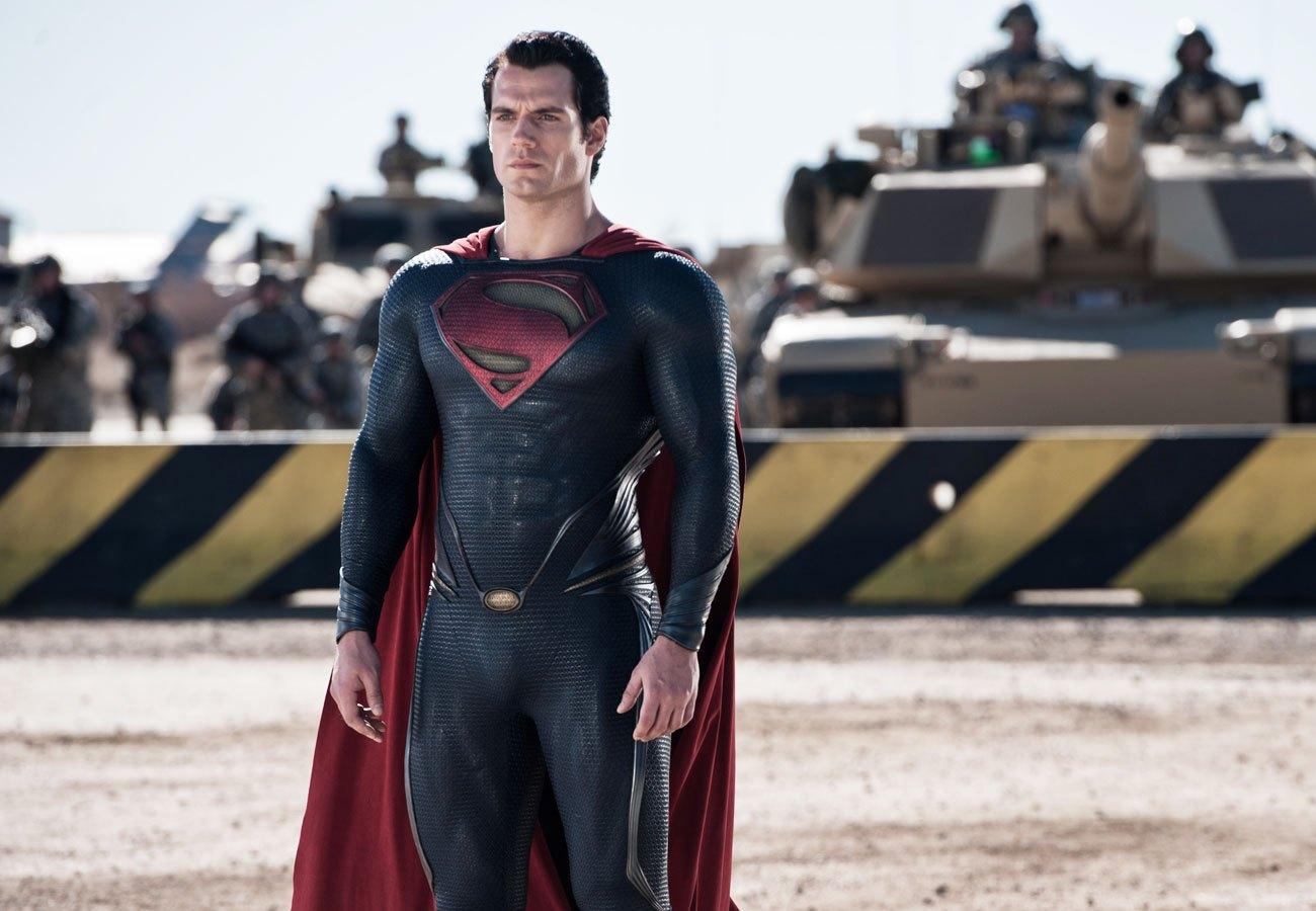 Henry Cavill v kostýmu Supermana