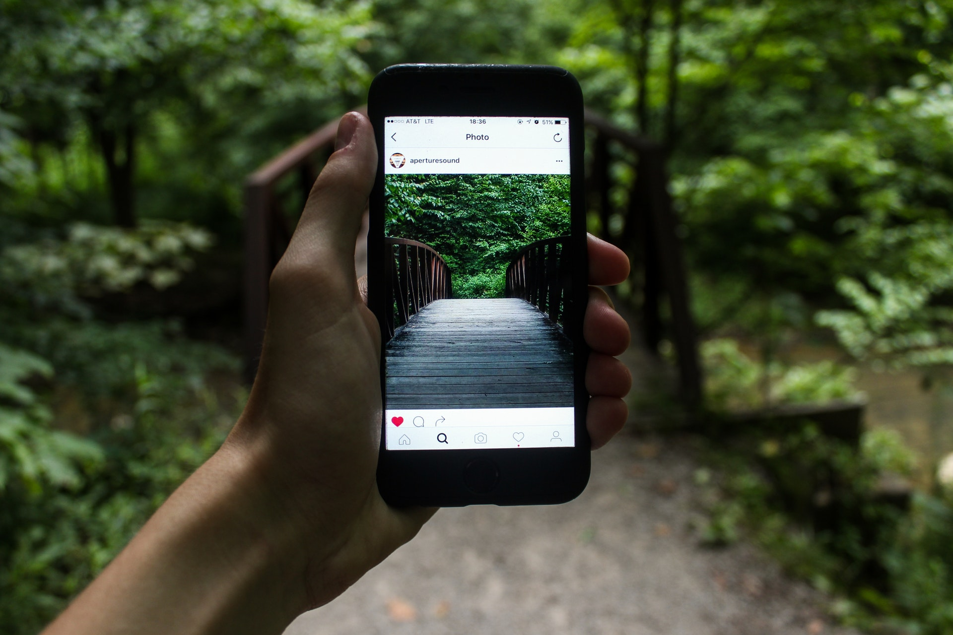 Instagram měsíčně používá už více než 1 miliarda uživatelů