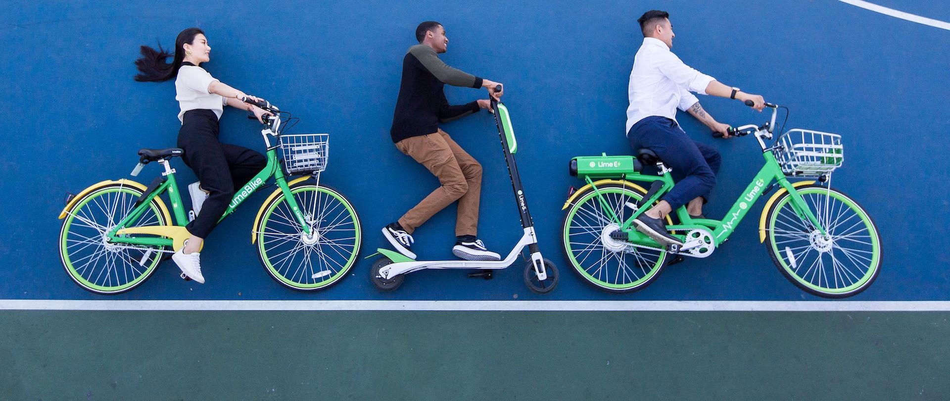 Lime provozuje klasická kola, elektrické koloběžky a kola s pomocným elektrickým pohonem
