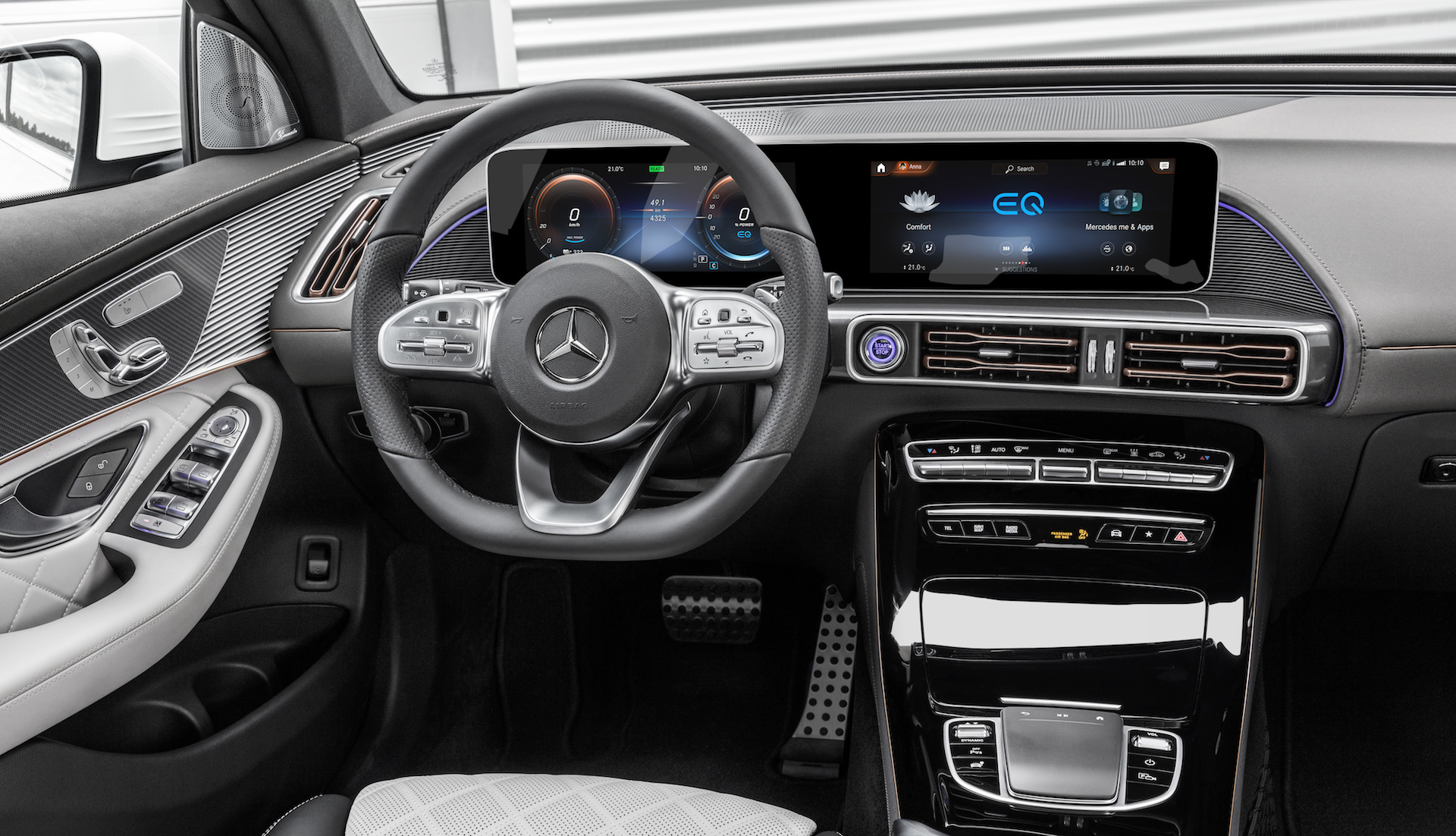 Interiér Mercedes-Benz EQC