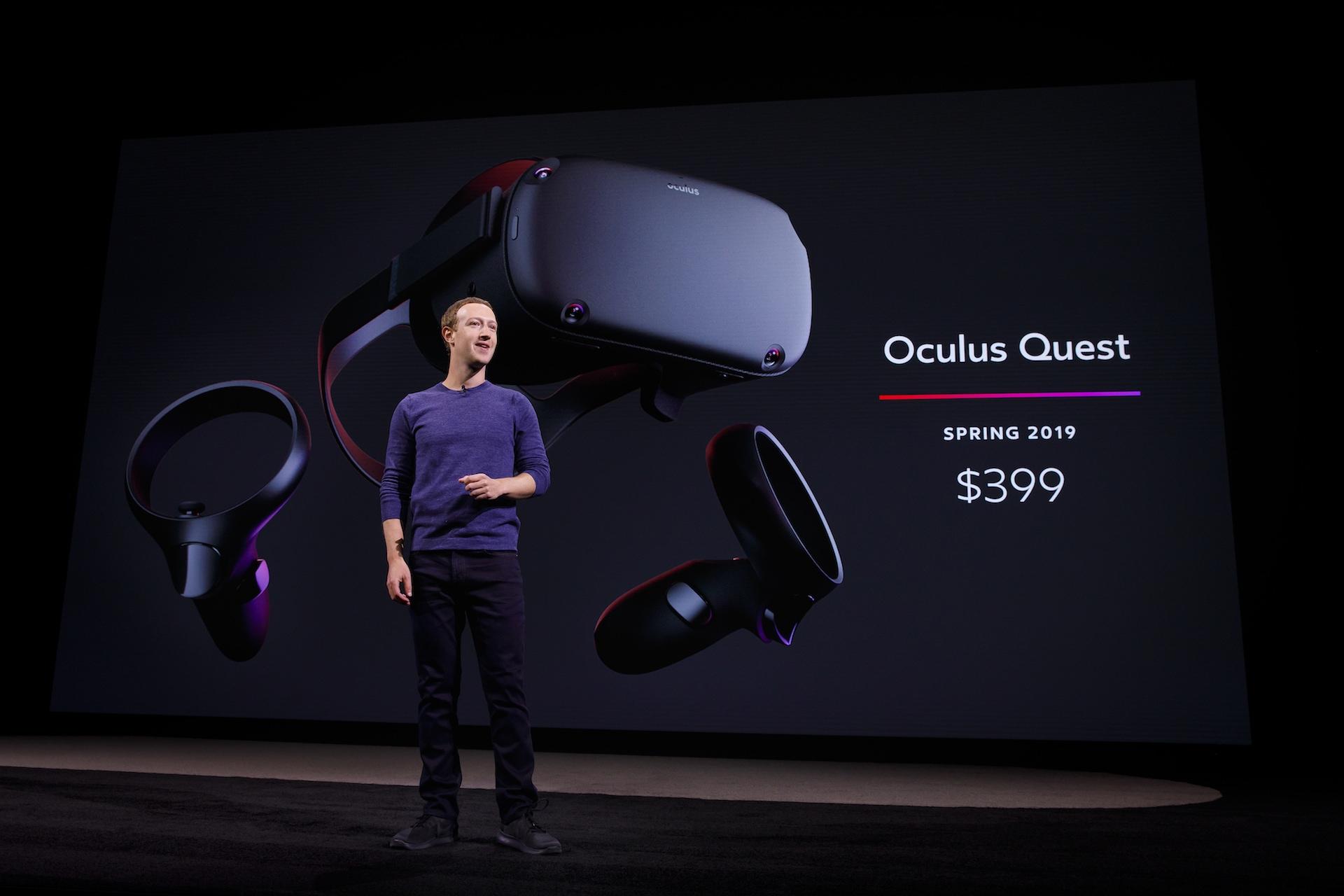 Šéf a zakladatel Facebooku Mark Zuckerberg při představení nového Oculusu