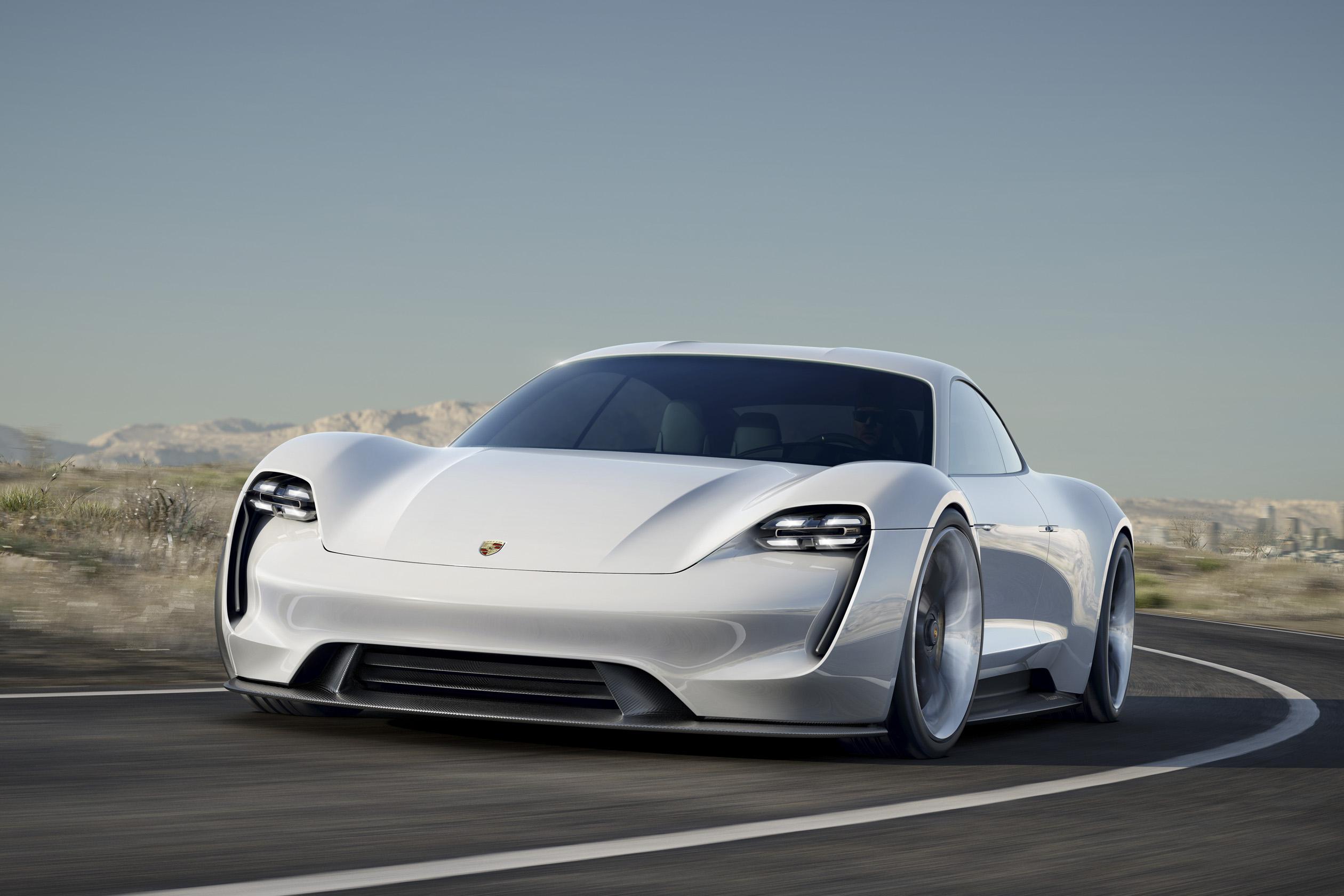 První plně elektrické Porsche Taycan
