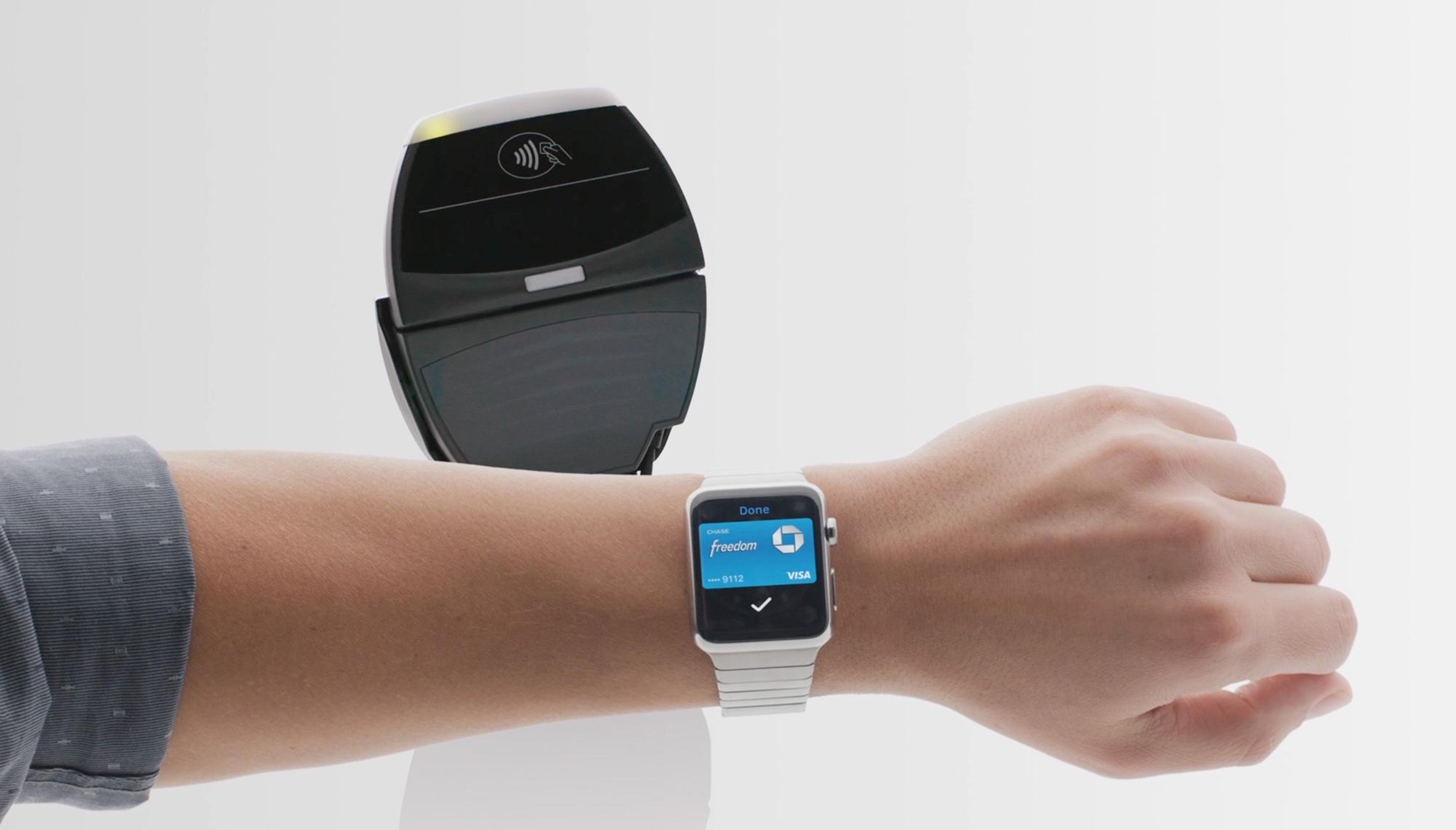 S Apple Pay lze snadno platit i s hodinkami Apple Watch