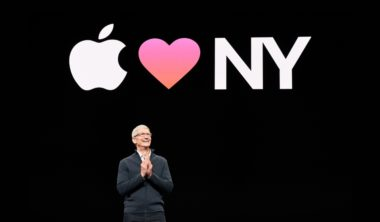 apple-tim-cook-brooklyn