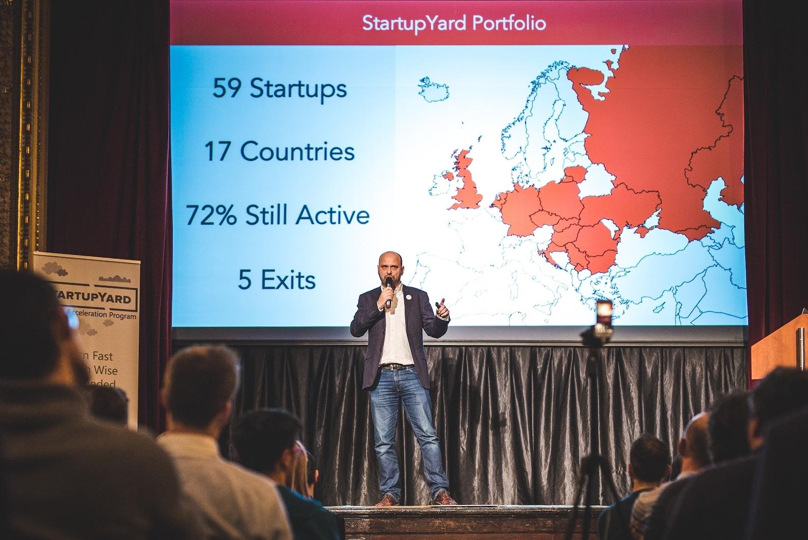Šéf StartupYardu Cédric Maloux je ambasadorem Startupperu