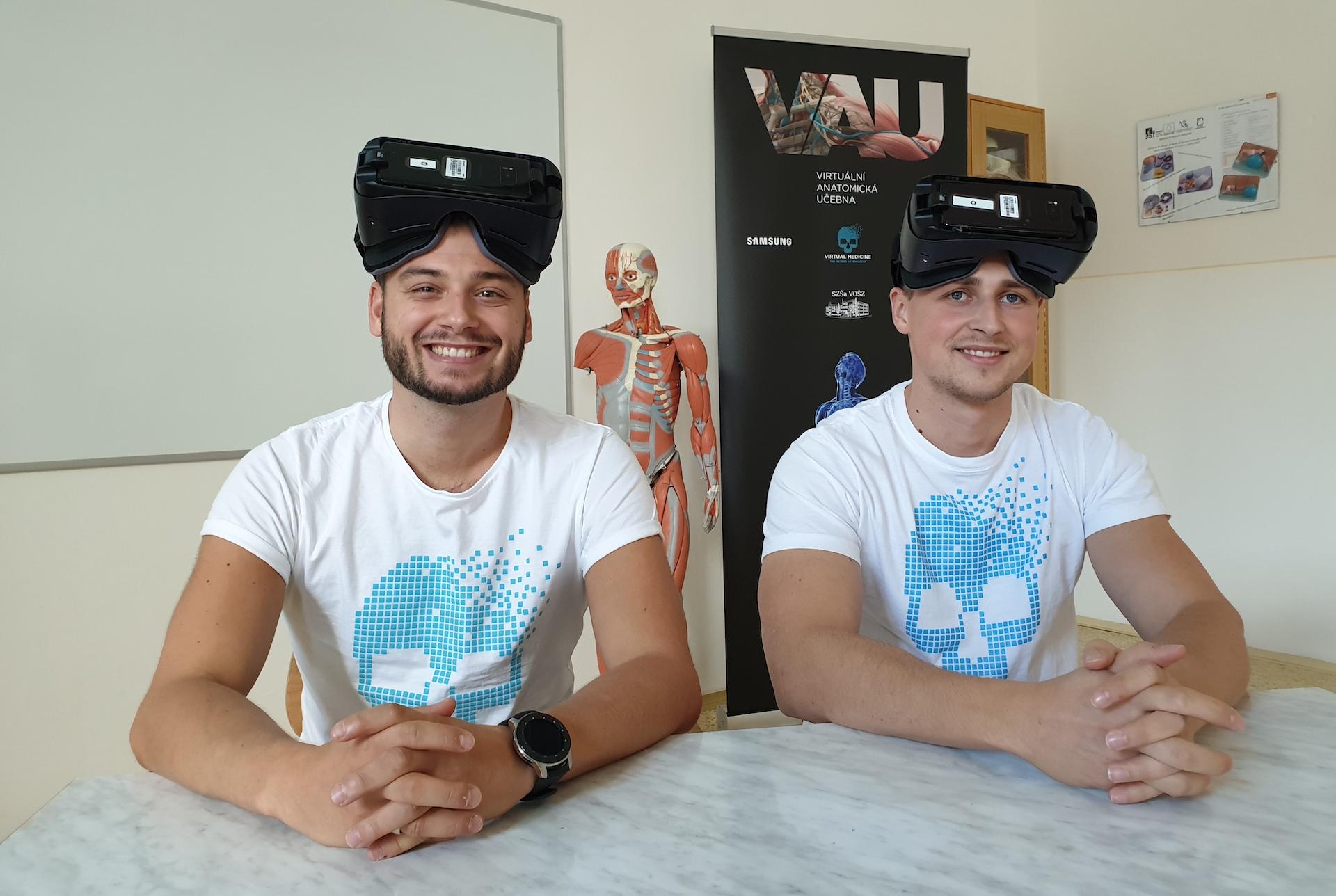 Spoluzakladatelé Virtual Medicine Tomáš Brngál a Miloš Svrček