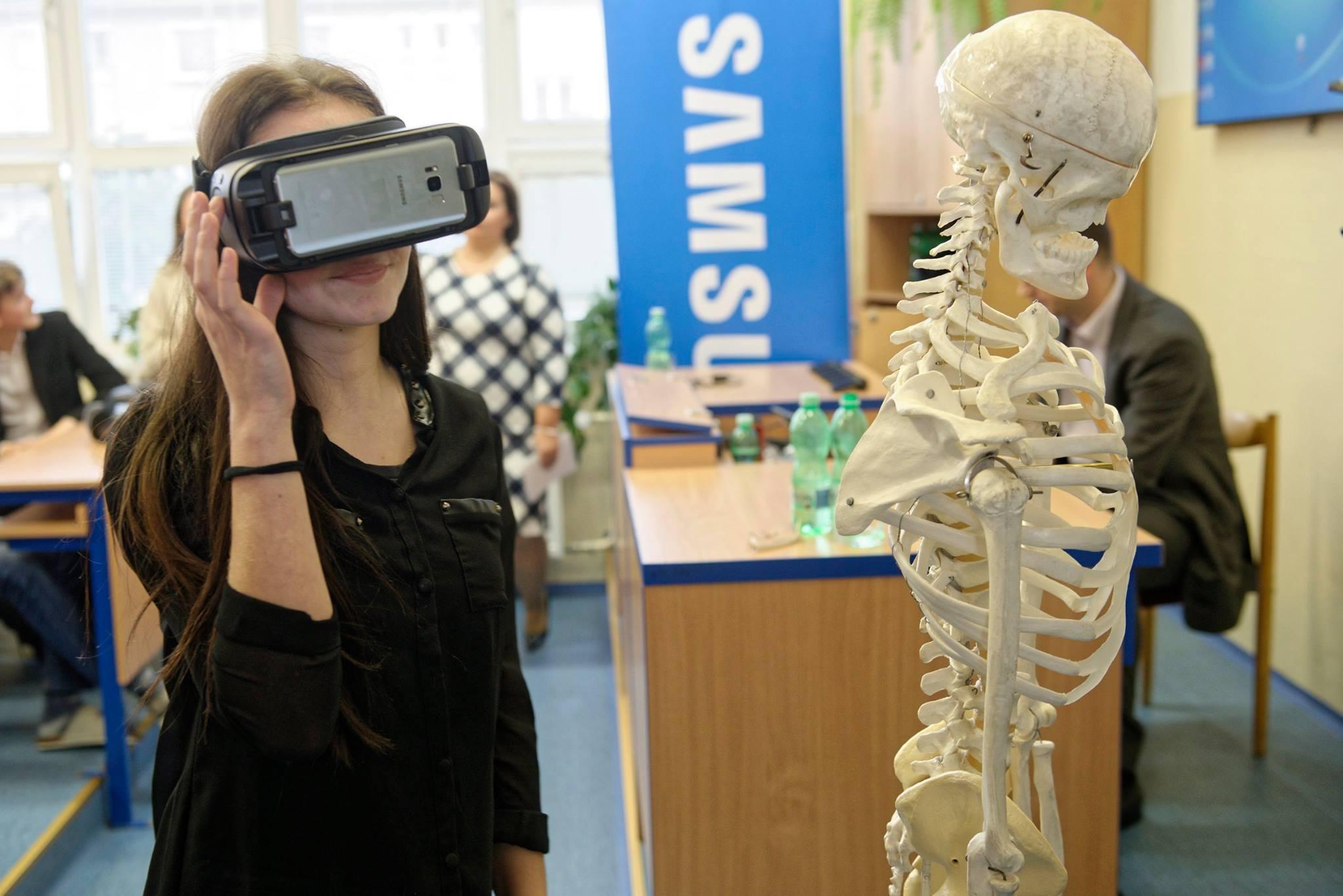 Studenti si mohou díky aplikaci VAU zobrazit lidské tělo ve 3D