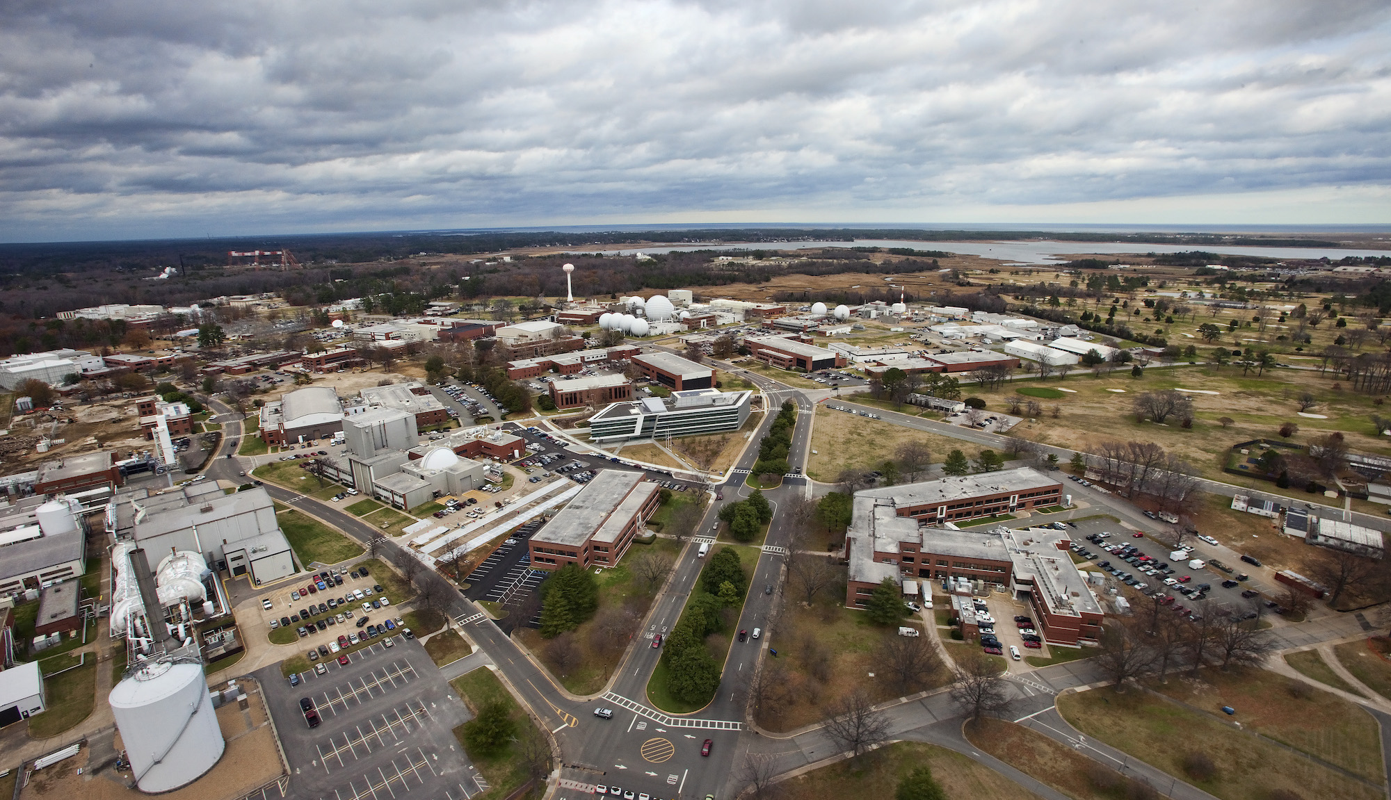 Pohled na výzkumné centrum NASA Langley Research Center z roku 2011