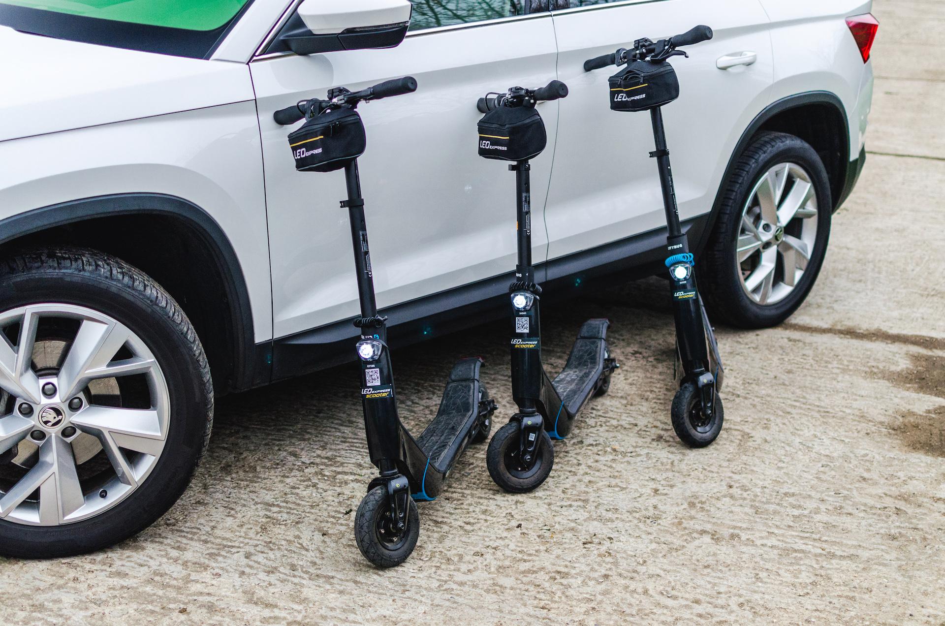 HoppyGo k autu nově půjčí i elektrickou koloběžku