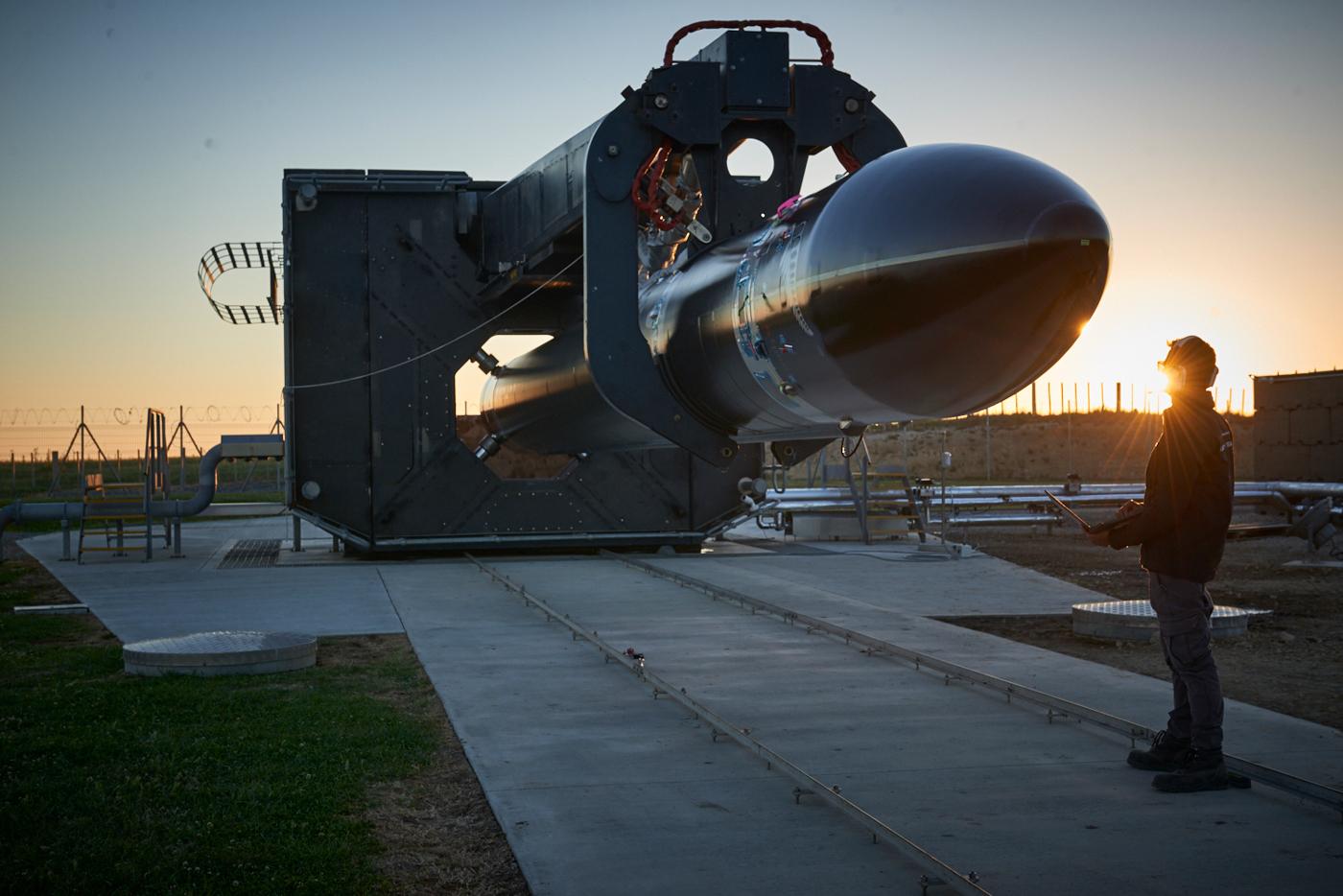 """Raketa Electron před lednovou misí """"Still Testing"""""""