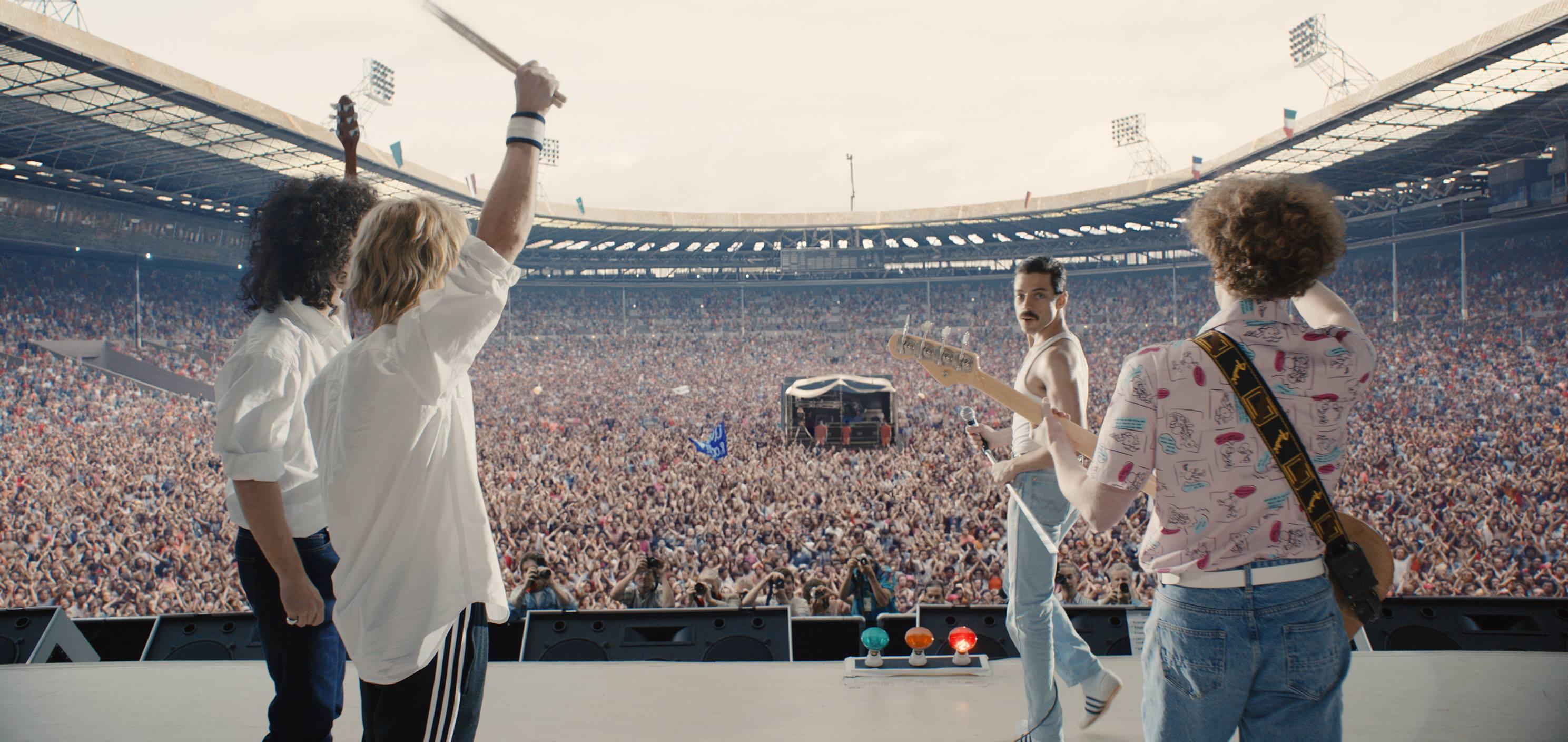 Část filmu Bohemian Rhapsody s vystoupením Queen na legendárním charitativním koncertu Live Aid v roce 1985