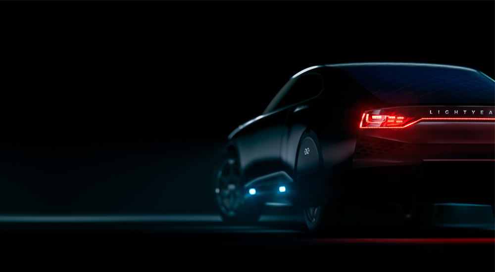 Holandský startup Lightyear vyvíjí elektromobil, který se dobíjí slunečním zářením