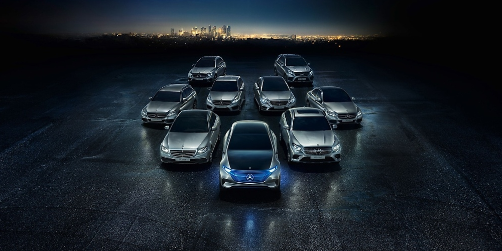 Výrobce Mercedesů nakoupí bateriové články za 20 miliard eur a představí 130 elektrických vozů