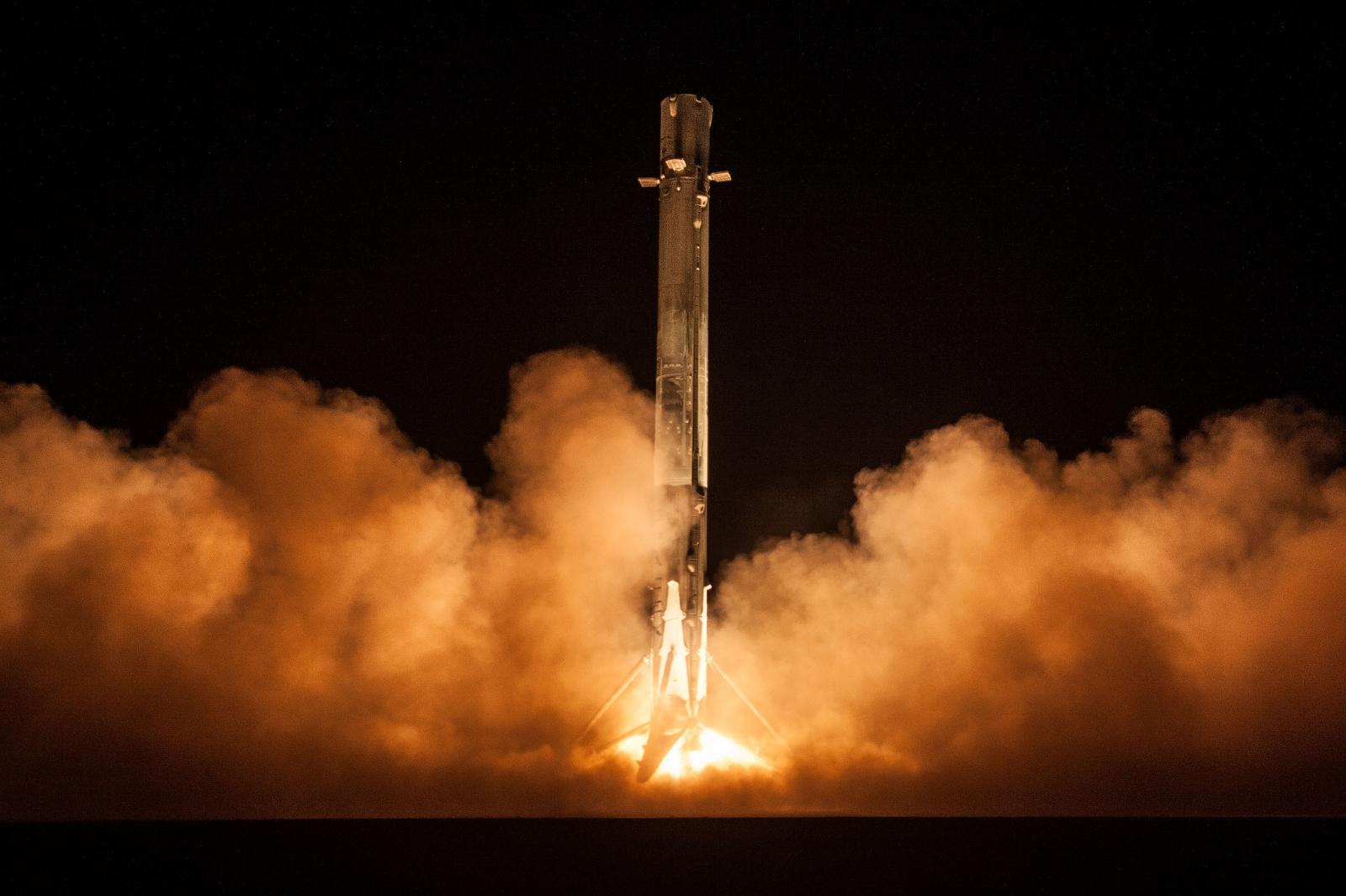 Start mise s tajným americkým satelitem