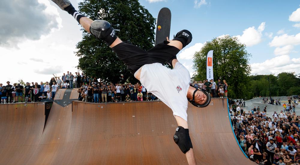 Legenda skateboardingu Tony Hawk se po třech letech vrací se svou vůbec první mobilní hrou
