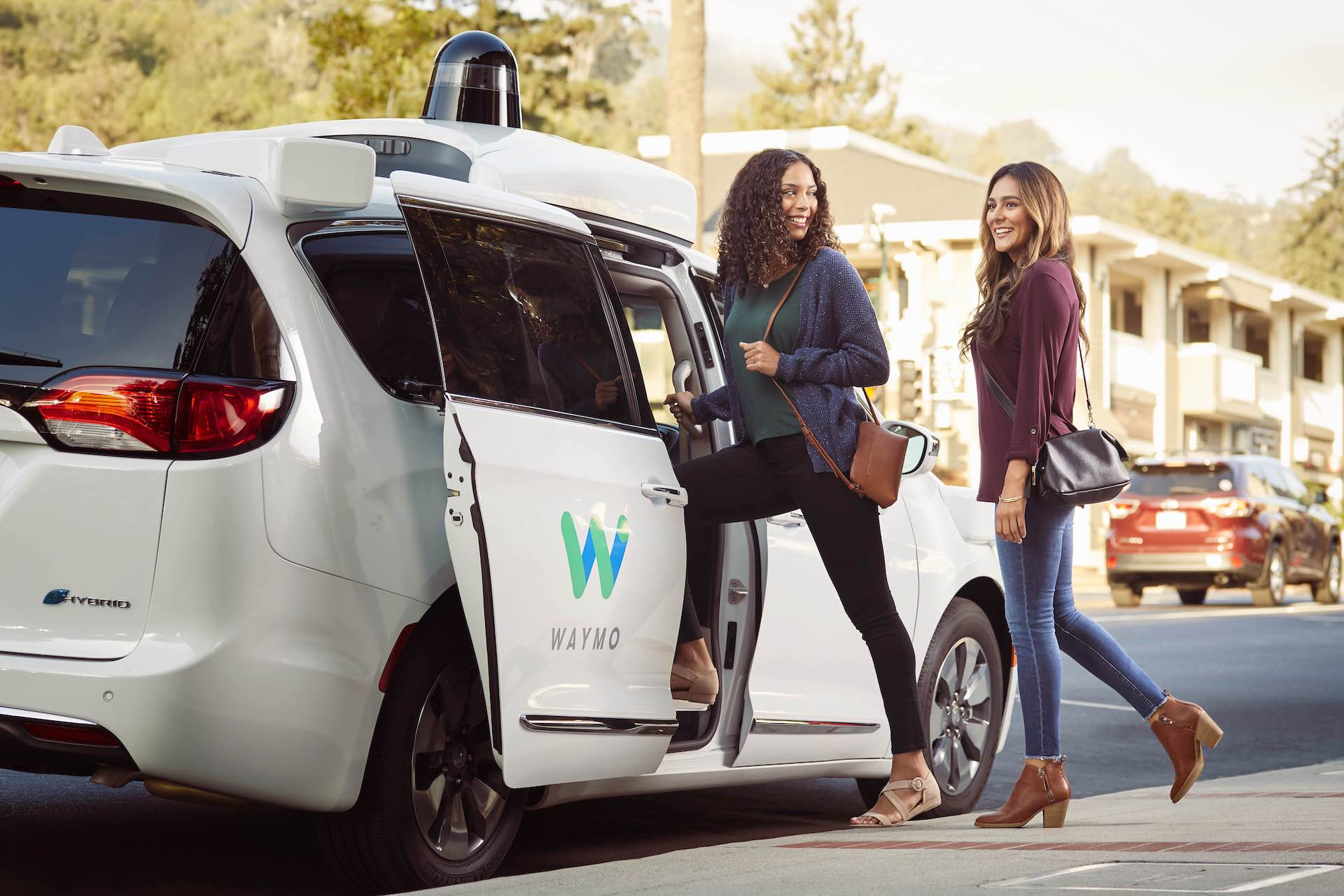 Waymo One bude jezdit s vozy Chrysler Pacifica Hybrid