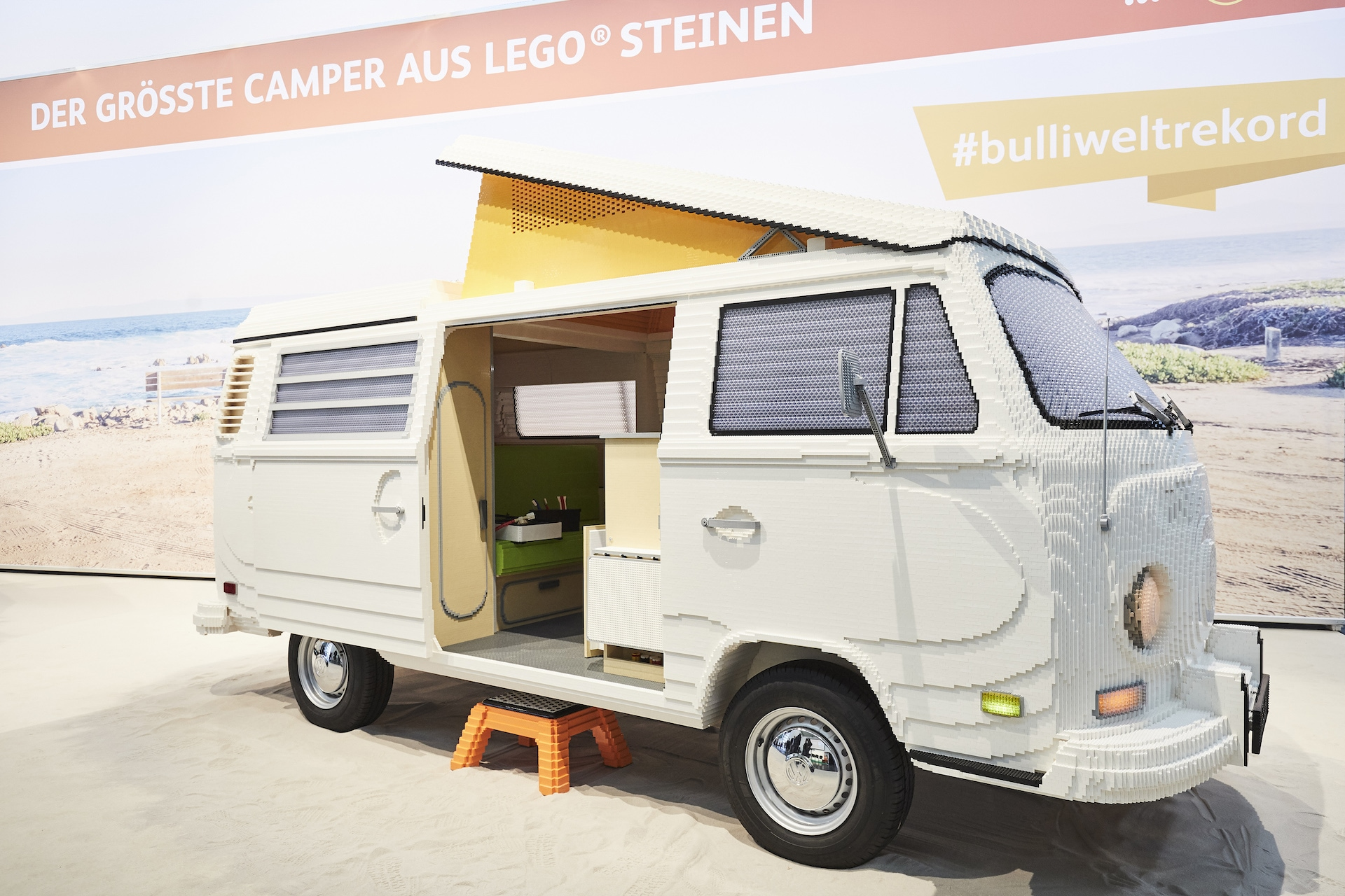 Volkswagen T2 je postaven ze 400 tisíc kostek LEGO