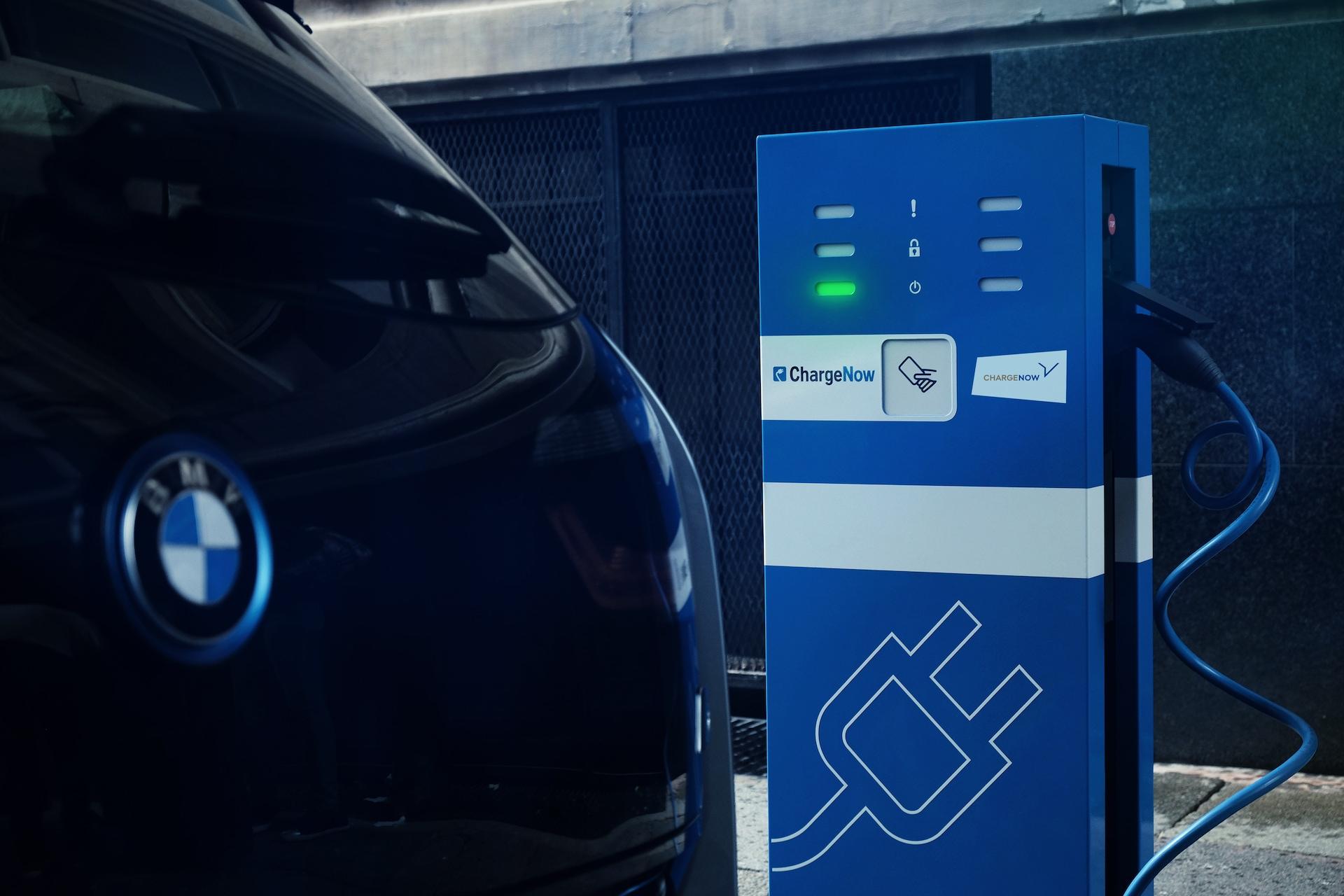 Nabíjecí stanice budou BMW a Daimler rozvíjet jako Charge Now