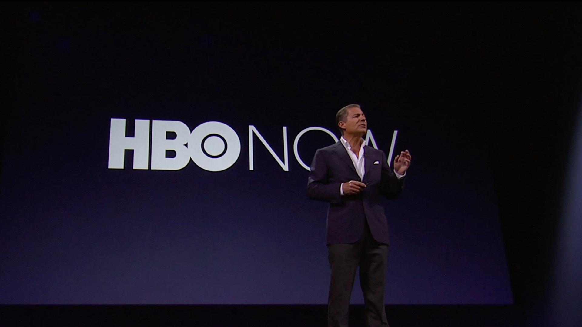 Richad Plepler představuje na keynote Applu v roce 2015 HBO Now